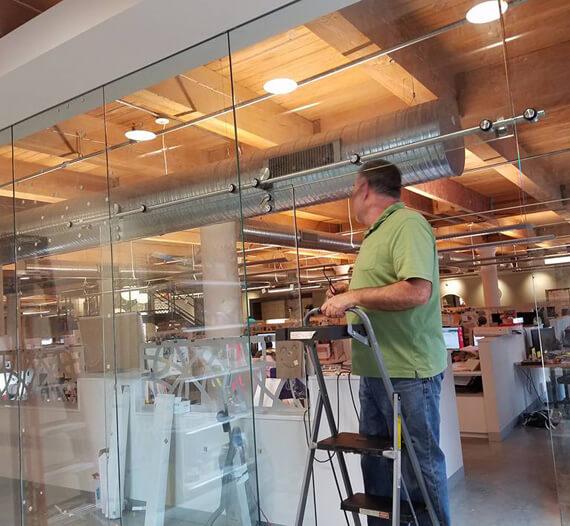 Custom Fabricate Glass in Millstadt IL